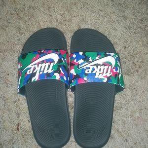 Boys Nike Slide